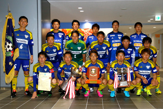 FC今治(10年連続10回目)
