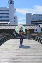 田中賞の作品部門に選ばれた出島表門橋(長崎市提供)