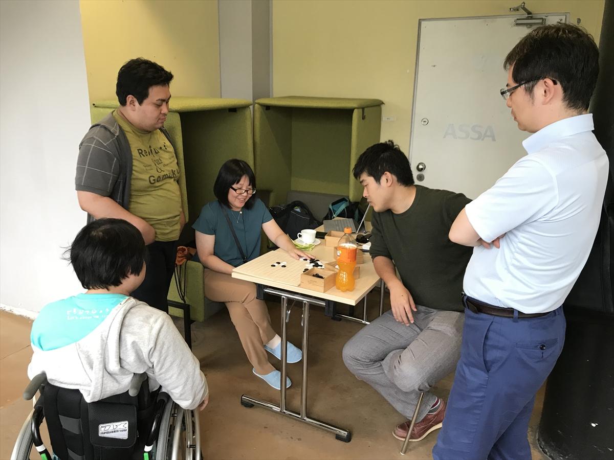 日本人プレーヤーが集まって局後の検討