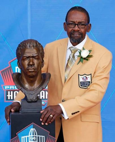 NFLの殿堂入りを果たした元シーホークスの名DBケニー・イーズリー氏(AP=共同)