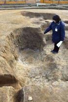 仏像の光背用とみられる土製鋳型の破片が見つかった滋賀県草津市の榊差遺跡