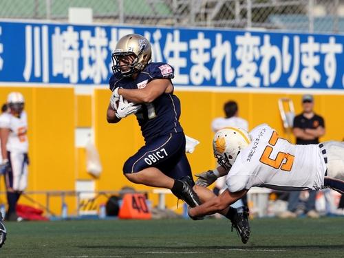 111失点のオービック戦。クレーンズのサイドラインは交代選手の影もまばらだ=撮影:Yosei Kozano、17日、川崎富士見球技場