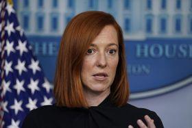ホワイトハウスで記者会見する米国のサキ大統領報道官=22日、ワシントン(AP=共同)