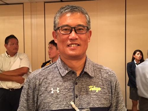 インタビューに答える東大の森清之ヘッドコーチ=8月22日・東京都内のホテル