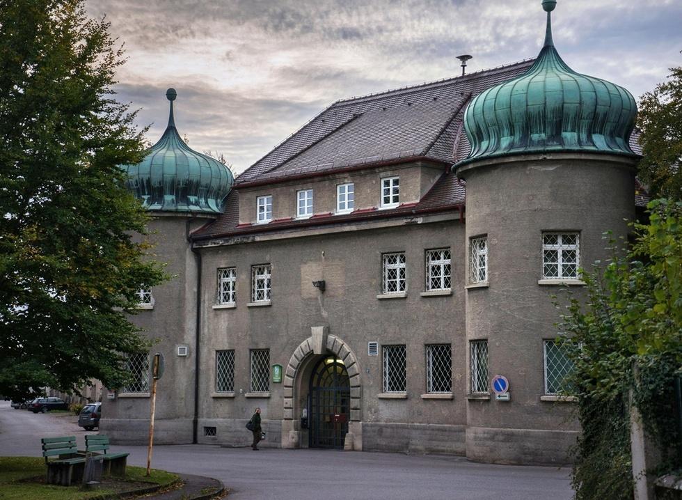 ドイツ・ミュンヘン近郊のランツベルク刑務所。ヒトラーの著書「わが闘争」はここで生まれた(撮影・澤田博之、共同)