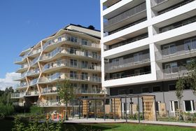 エネルギー性能とデザイン性の備えた住宅地(C)Stockholms stad