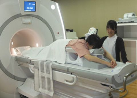痛くない乳がん検診 焼津の病院で始まる