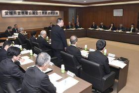 各警察署協議会の活動事例などを共有した代表者連絡会議=13日午後、県警本部