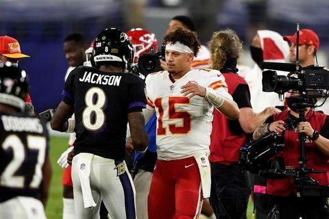 新たなライバル関係の誕生 NFLのチーフスとレーベンズ