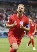 チュニジア―イングランド 試合終了間際、決勝ゴールを決め喜ぶイングランドのケーン=ボルゴグラード(ゲッティ=共同)