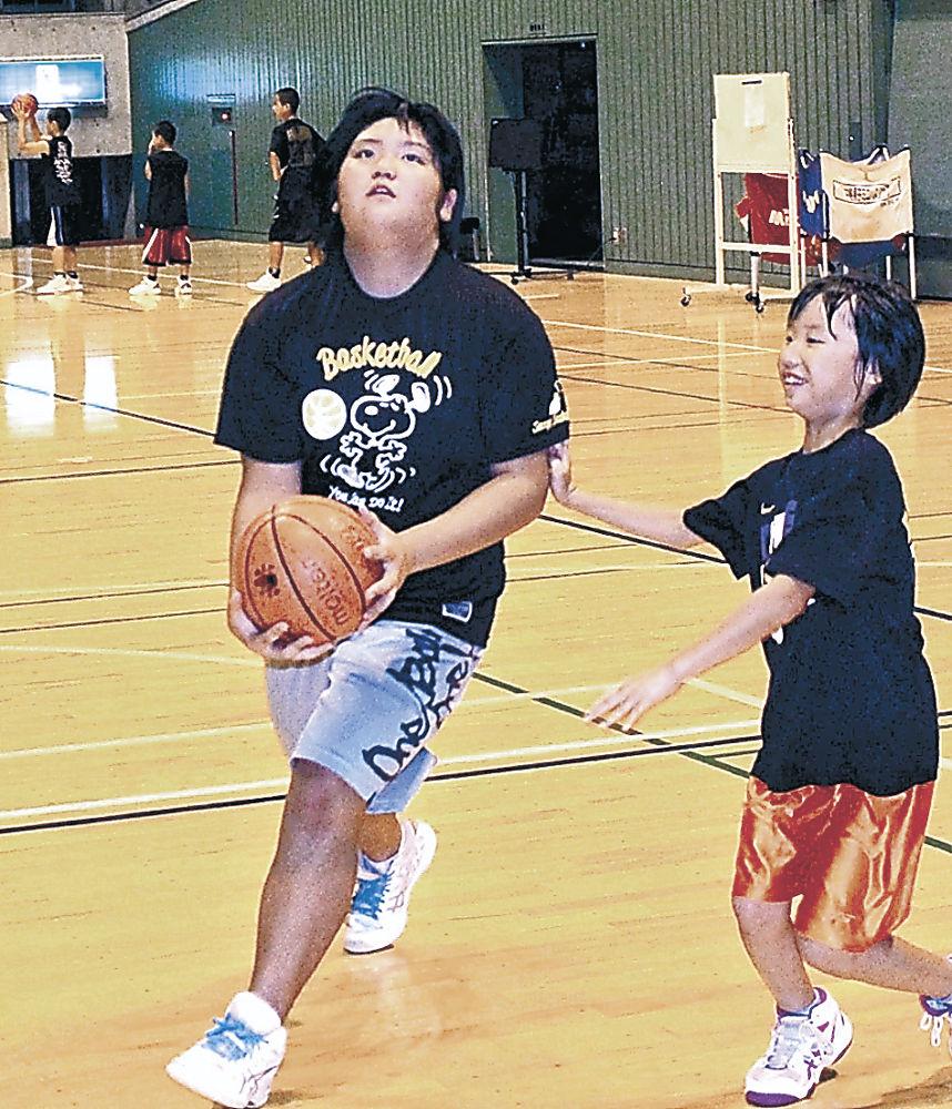 バスケットと「二刀流」挑戦 女子小学生相撲日本一の七尾・谷口さん