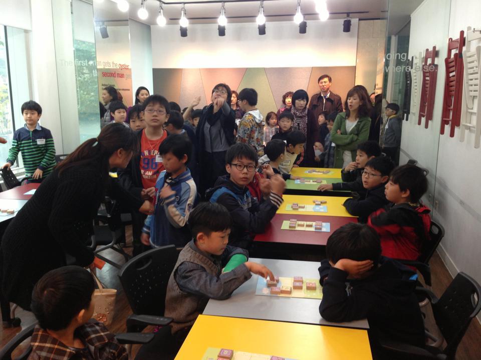 韓国で開催した「どうぶつしょうぎ大会