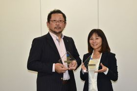 第31回法人会全国青年の集いで2度目の優秀賞を受賞した宮崎法人会青年部会の松田慎介部会長(左)と岩下真子理事
