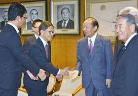 2019高知県知事選 浜田氏が首相に当選の報告