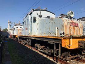 解体が決まった「ED31形」の電気機関車(滋賀県彦根市)