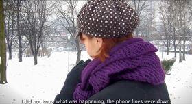 性暴力の被害を語るイスラム教徒系女性(支援団体「メディカゼニツァ」の動画から・共同)