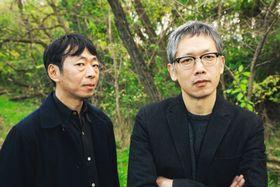 鈴木卓爾監督(左)と矢口史靖監督(撮影:堀田弘明)