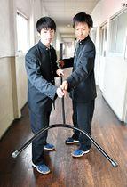 寒河江工業高生が作った刺股。「新モンゴル学園日馬富士校」に贈られる=寒河江市