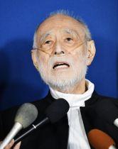 妻の朝丘雪路さんの死去を受け、思いを語る俳優の津川雅彦さん=20日午後、東京都港区