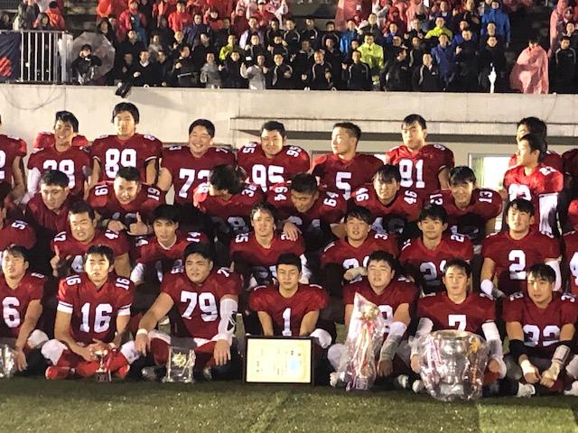 4年連続4度目の関東制覇を果たした佼成学園=11月23日・駒沢第二球技場