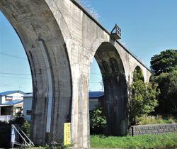 大間鉄道・二枚橋橋梁の跡(青森県むつ市大畑町)=下北文化社・竹浪和夫さん提供