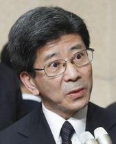 国税庁長官を辞任した佐川宣寿氏=9日