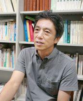 精神科医の山科満は1~2カ月に1度、東京から岩手県洋野町に足を運ぶ。ひきこもり支援を続ける大光テイ子の頼れるパートナーだ。