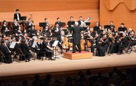 美しい音色を響かせた倉敷管弦楽団の演奏会
