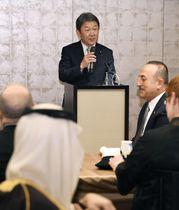 G20外相会合の夕食会で、あいさつする茂木外相=22日夜、名古屋市