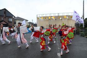 ダンスなど多彩なイベントがあった竹松ゆかたまつり=大村市竹松本町