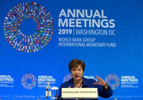IMF、世界経済「リスク高い」
