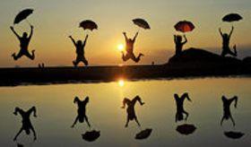 「日本のウユニ塩湖」 干潟がつくる鏡の水面 三豊市