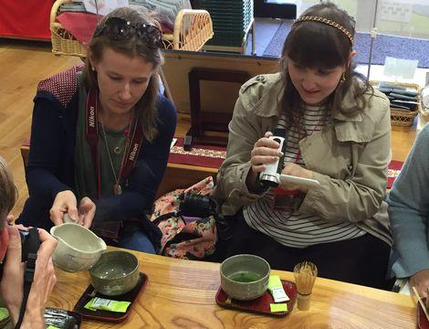 外国人ブロガーお茶体験ツアーを実施