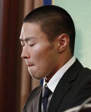 記者会見する日本大の宮川泰介選手=22日午後、東京・内幸町の日本記者クラブ