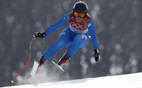 アルペン女子滑降で初優勝したソフィア・ゴッジャ(ロイター=共同)