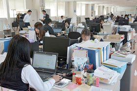 工場も含めて10連休となる平田機工の本社事務所=22日、熊本市北区