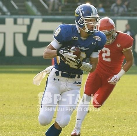 甲子園ボウルでも要所で斎藤からのパスを捕球したWR梅本=写真提供:P-TALK、12月、甲子園