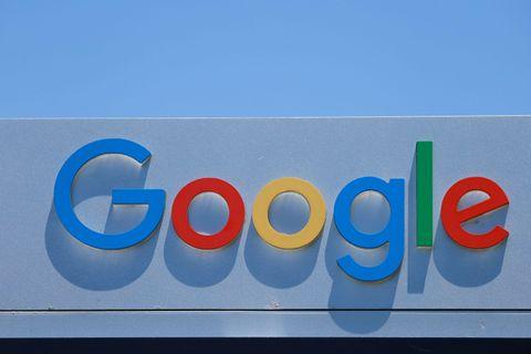 グーグルのロゴ=7月27日、米ロサンゼルス近郊(ロイター=共同)