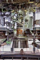 公開された次世代大型ロケット「H3」用の新型エンジン「LE9」=14日午後、鹿児島県の種子島宇宙センター