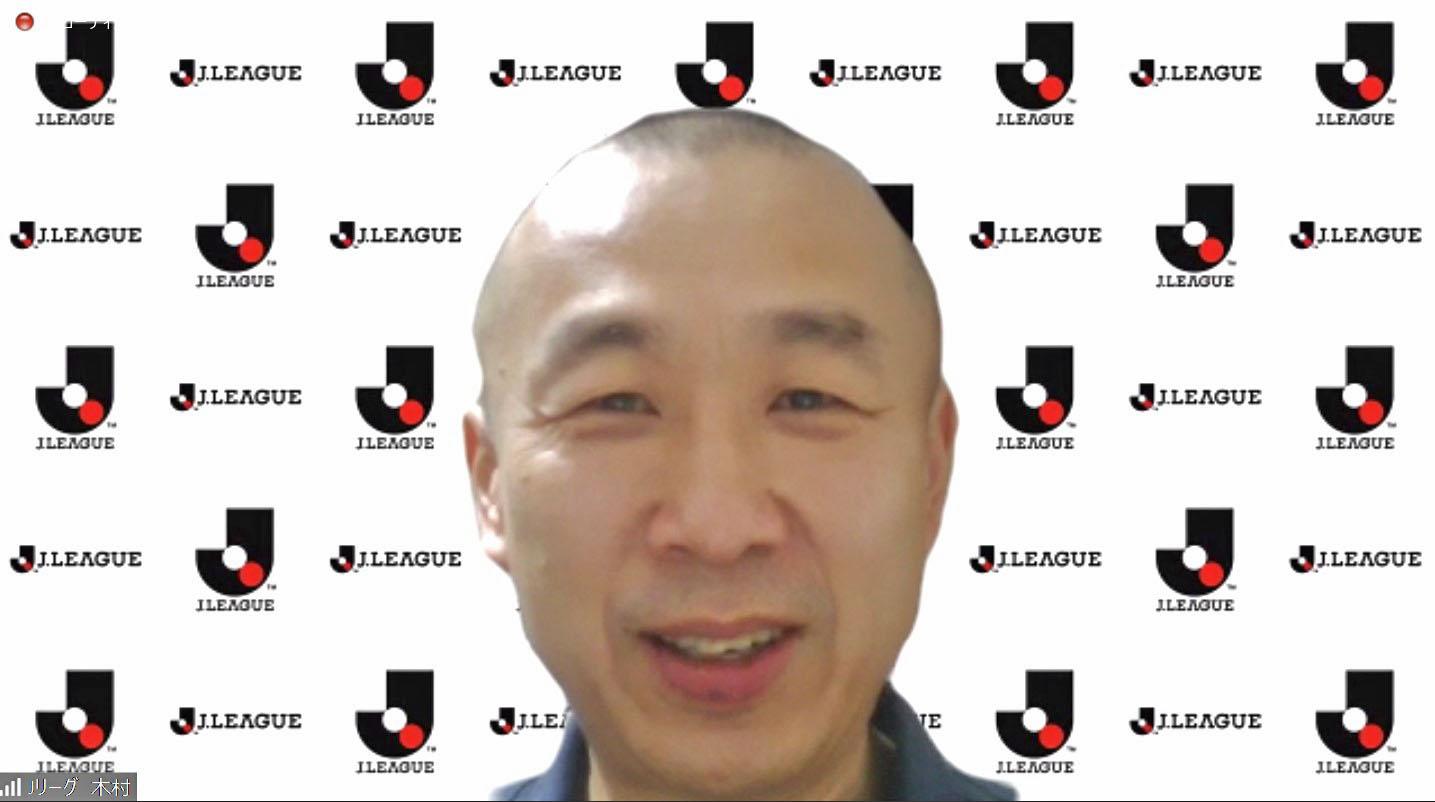 オンラインで取材に応じるJリーグの木村正明専務理事=25日