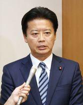 離党表明する民進党の玄葉光一郎元外相=26日午後、国会