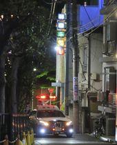 性別不明の遺体が発見されたホテル付近=13日午前0時20分、東京都豊島区