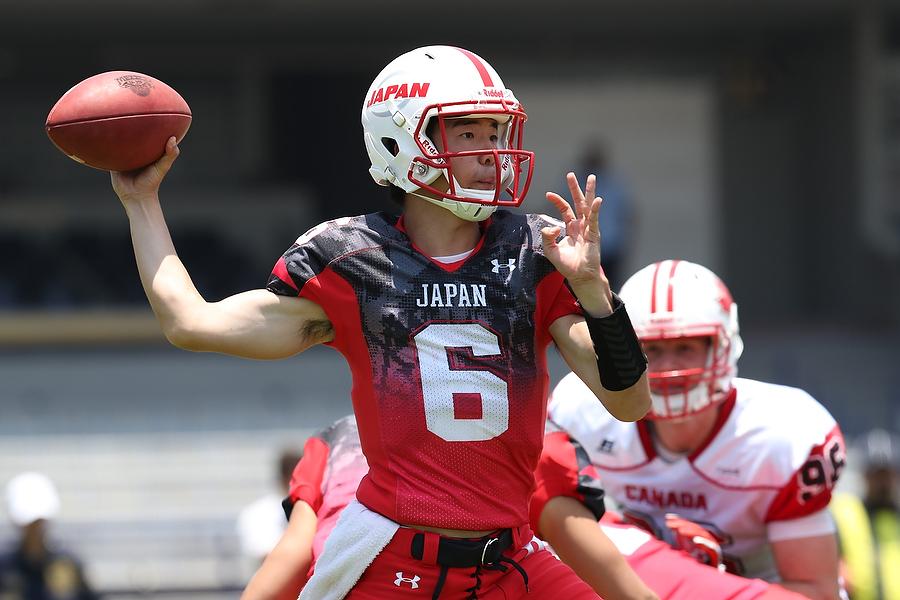 日本のオフェンスをリードしたQB野沢=写真提供・日本アメリカンフットボール協会
