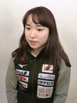 卓球のワールドツアーから帰国し、取材に応じる伊藤美誠=15日、羽田空港