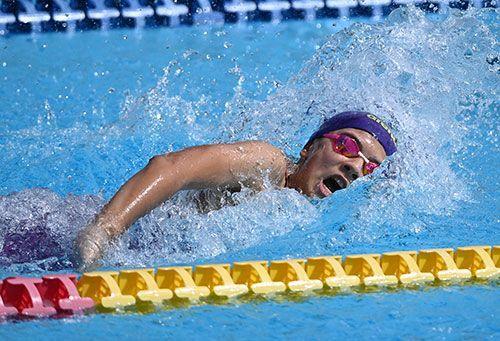 平良が中高生引き離してV 総合水泳で沖縄県小学生新記録
