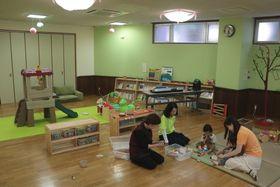 9日に開設したチャレンジド子育て支援センター「にじのくに」=長崎市三芳町
