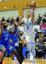 【島根―広島】13得点と奮闘した朝山(2)