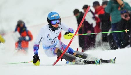 高校スキー 男子回転で北照の竹内初優勝
