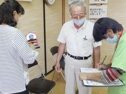 岐阜県輪之内町で再開した「フレイルチェック」=10月(同町提供)
