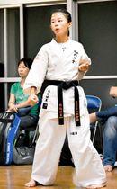 全日本空手道選手権の一般男子軽量級で初優勝した原田さん